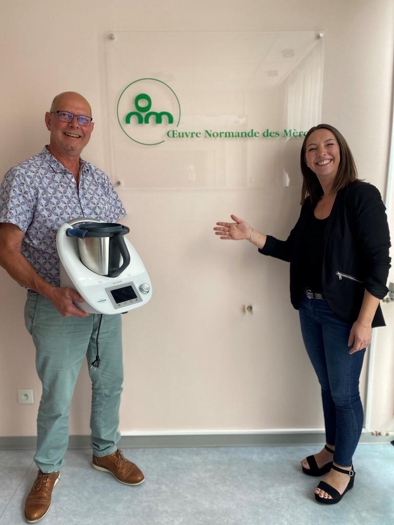 Vorwerk a du coeur: don d'appareils  ménagers à notre association